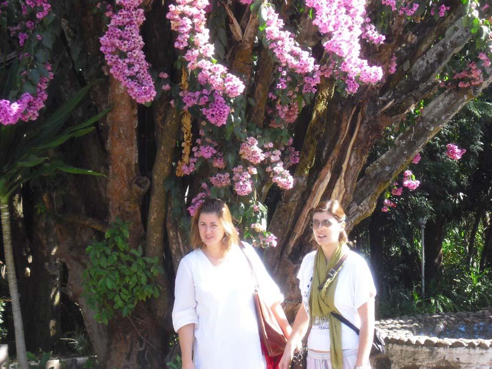 Io e mia sorella in Etiopia molti anni fa